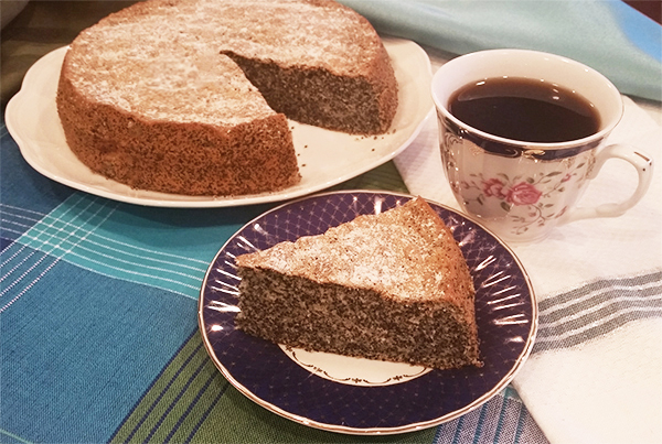 poppy-seed-cake-300dpi-600px